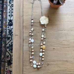 Jewelry - Long beaded necklace with white floret